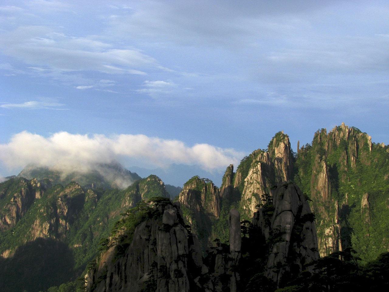 Mount_Huangshan_China_Trek