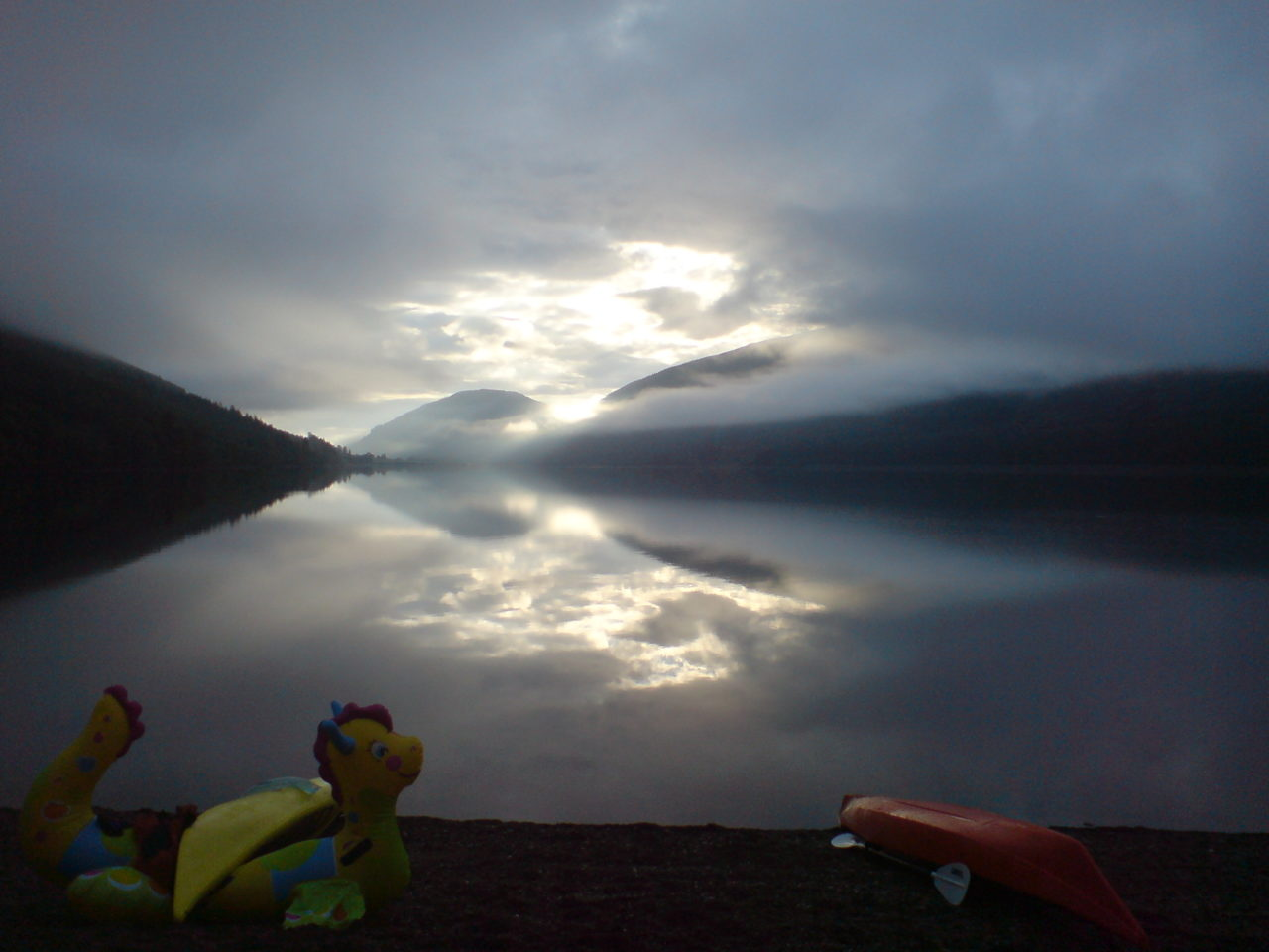 kayak_great_glen_fault_scotland_light