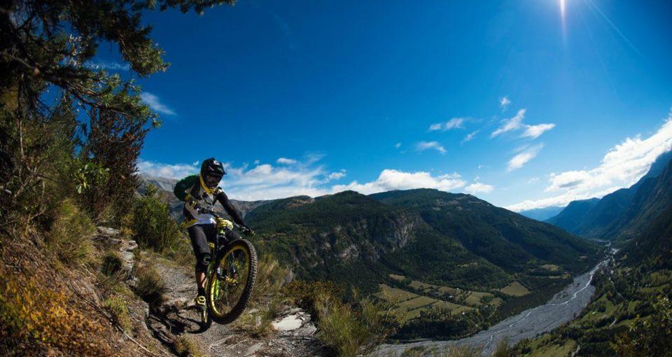 sam_needham_mavis_trans_provence_mountain_bike