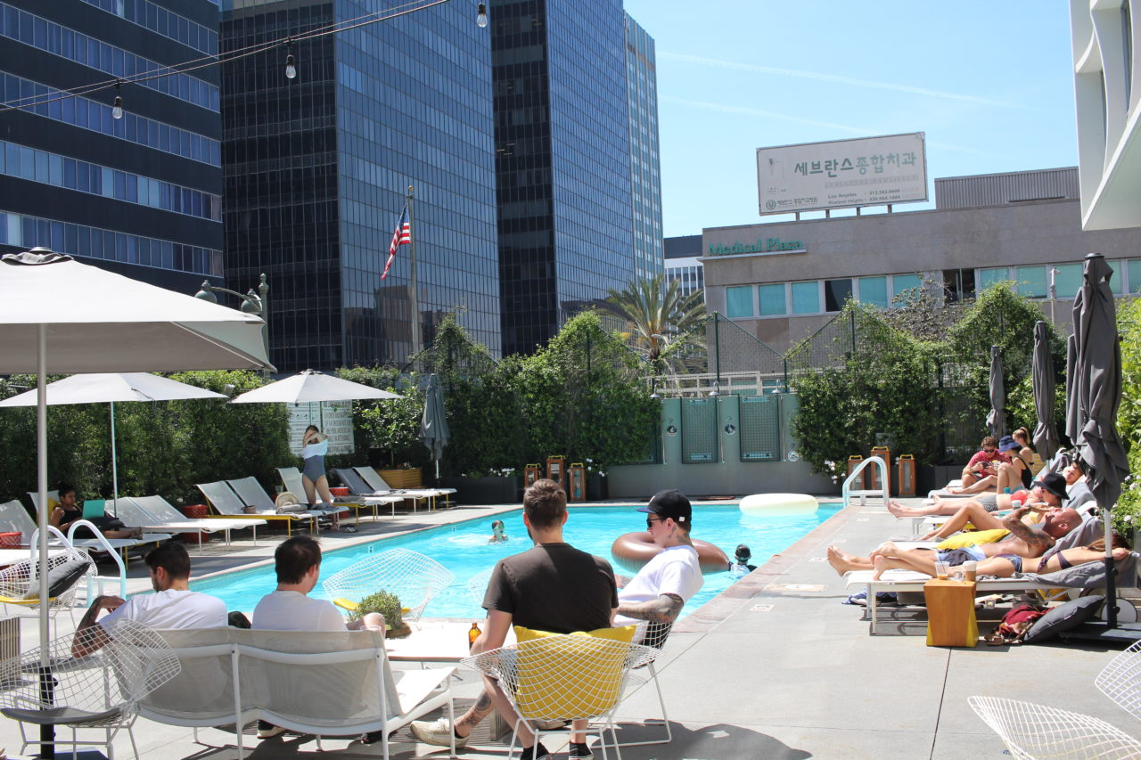 the_line_hotel_koreatown_pool