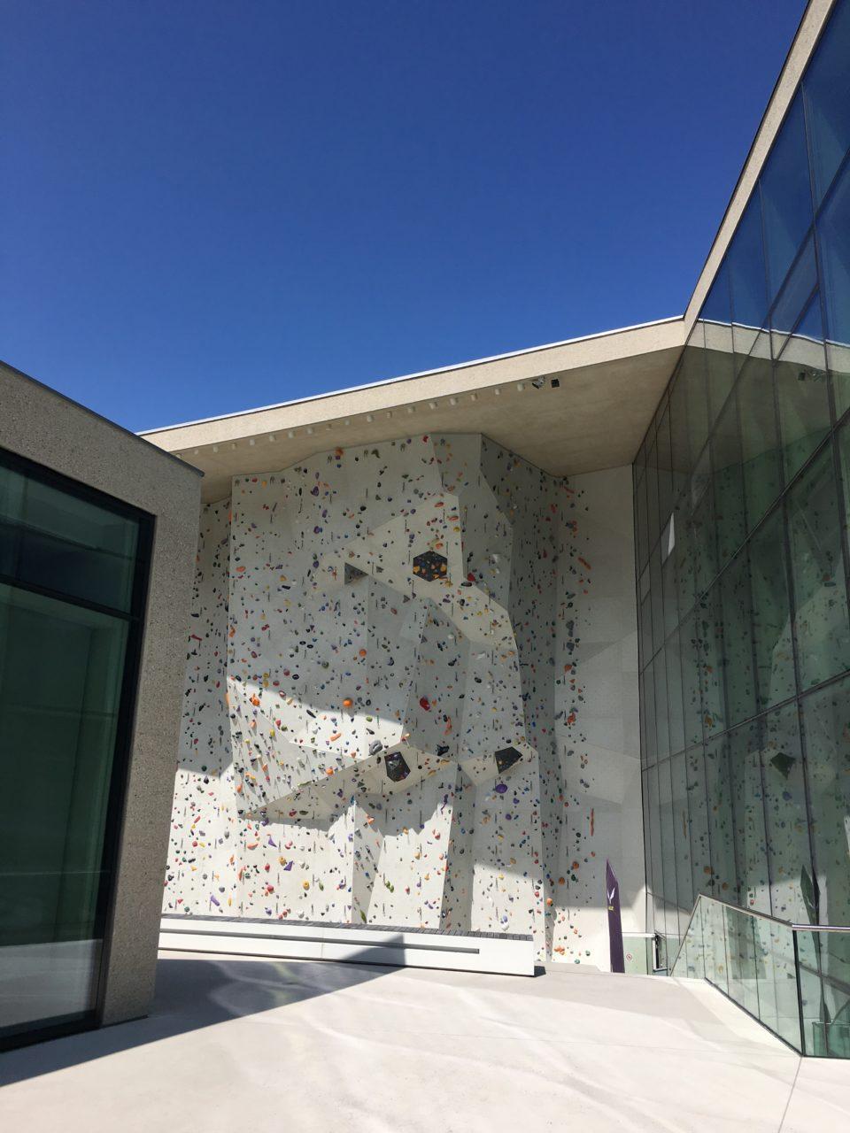 brunico_italy_climbing_wall_kletterzentrum