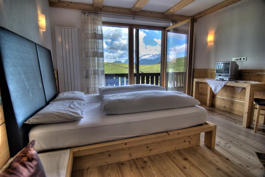 rifugio_pralonga_mountain_inn_alta_badia
