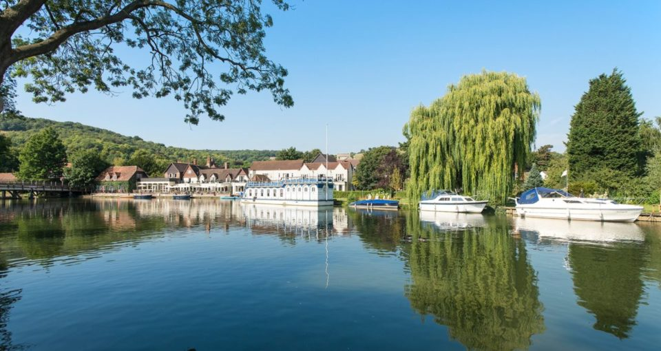 The Swan at Streatley, Thameside Berkshire, England