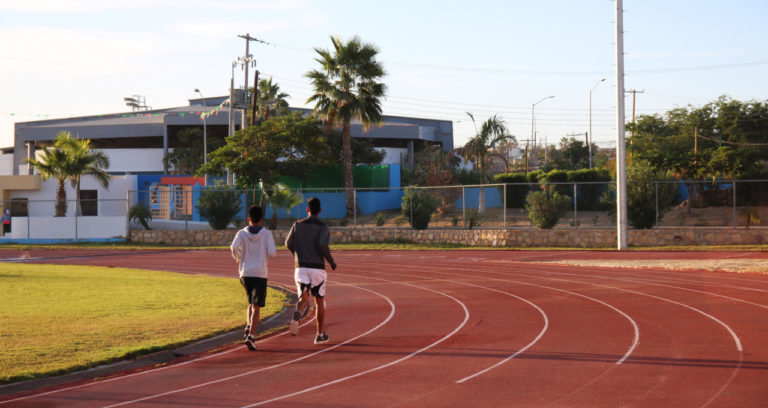 san_jose_del_cabo_running_track_athletics_bend_pair_runners_edit