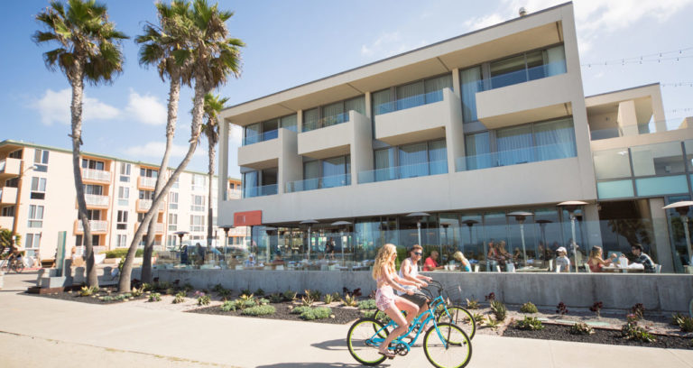 tower23_hotel_san_diego_beachfront_cycle_path