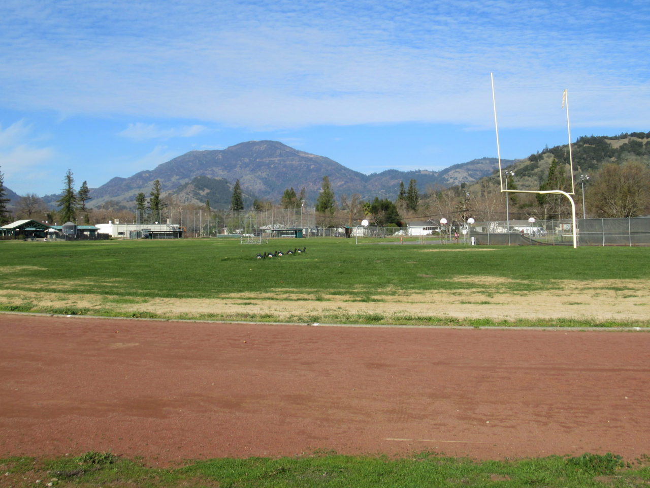 calistoga_high_school_running_track_mount_st_helena