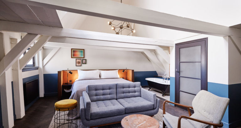 hoxton_amsterdam_master_bedroom_rafters