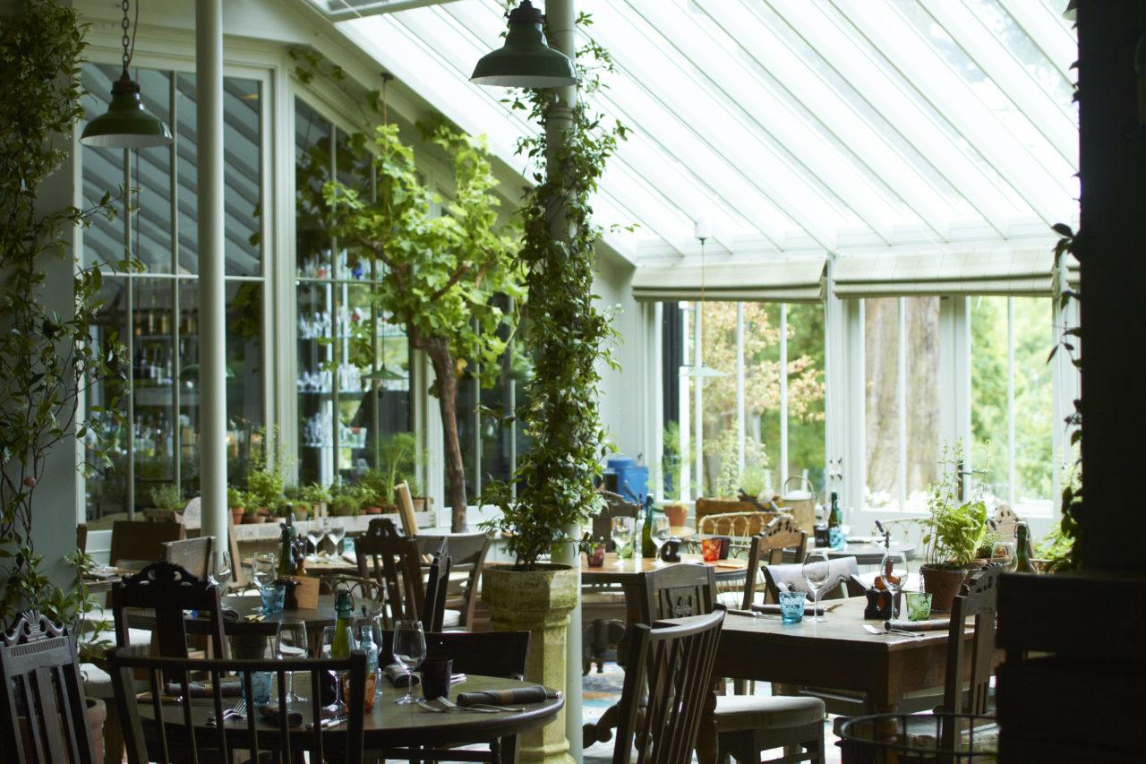 the_pig_brockenhurst_restaurant_conservatory