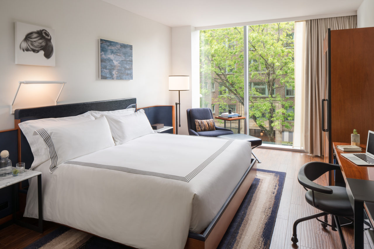 thompson_hotels_seattle_deluxe_city_view