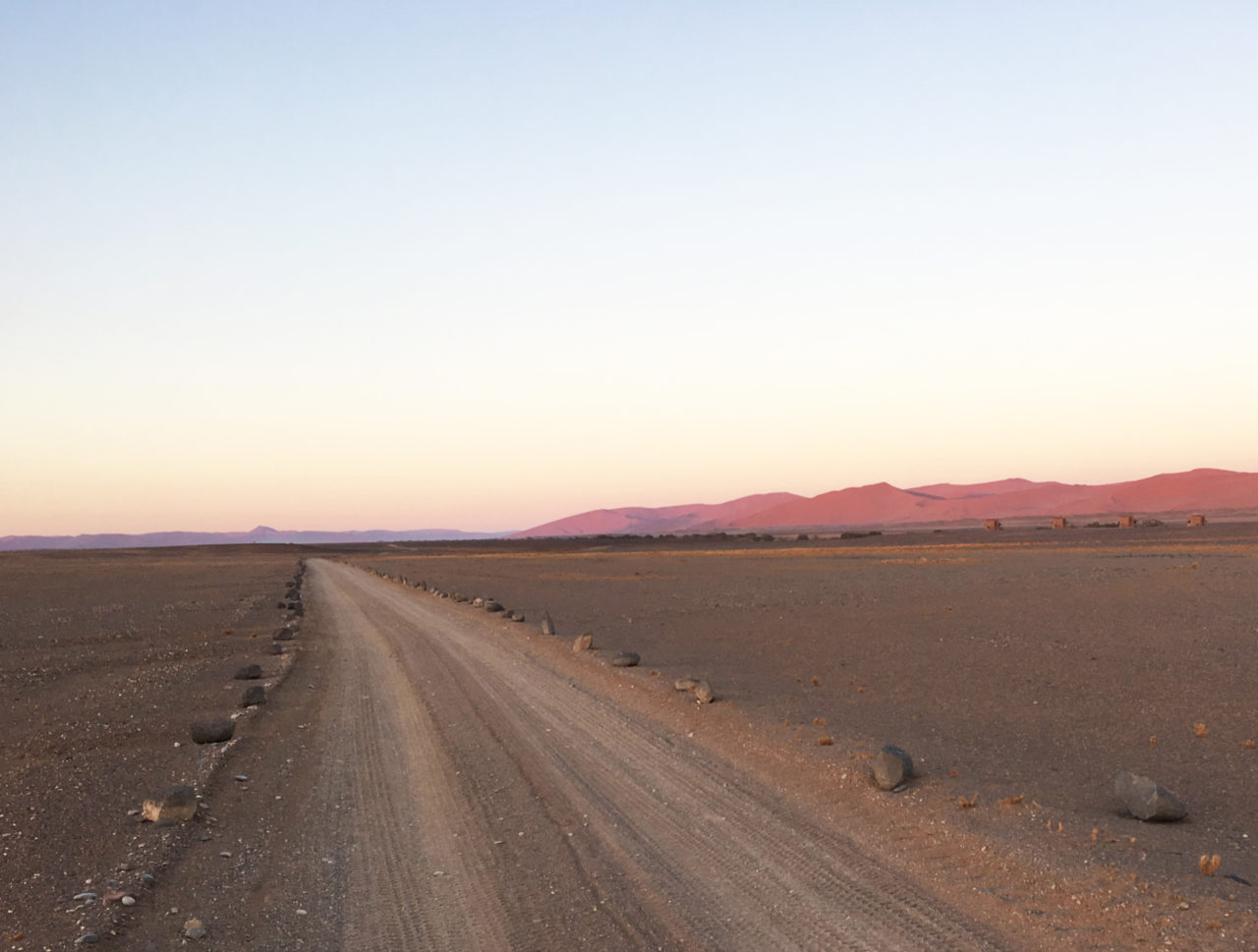 kulala_wilderness_reserve_road_sossusvlei