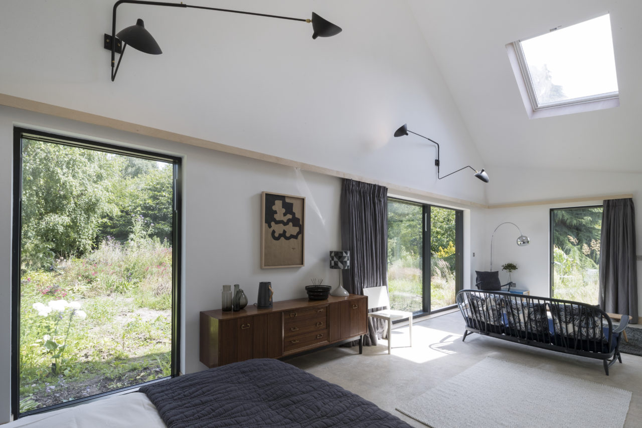 five_acre_barn_aldeburgh_suffolk_suite
