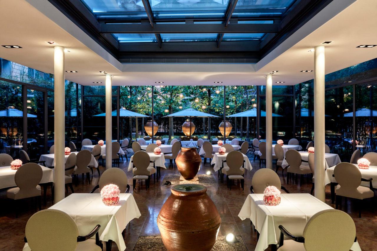 mandala_hotel_restaurant_facil_steve_herud