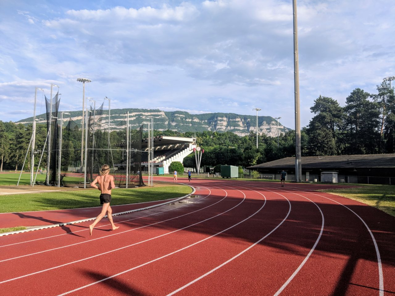 bout_du_monde_athletics_track_geneva