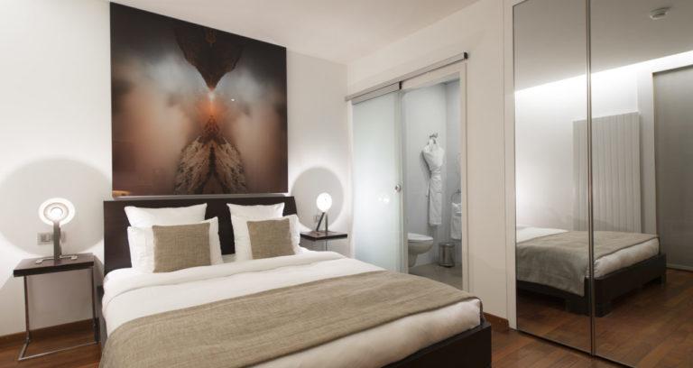 la_cour_des_augustins_geneva_bedroom_standard