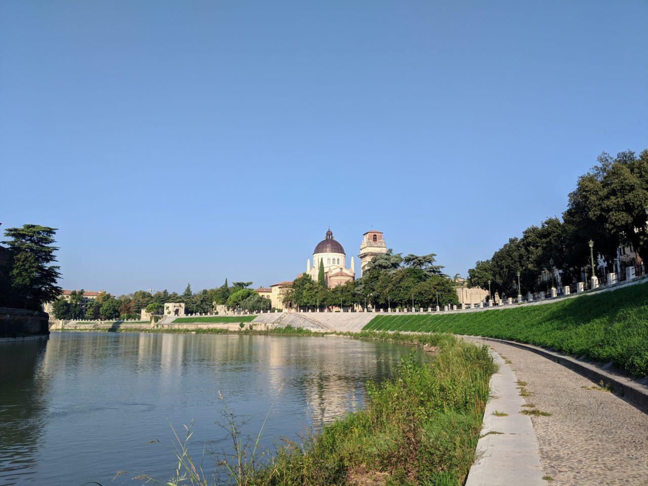 river_verona_adige_zafiri