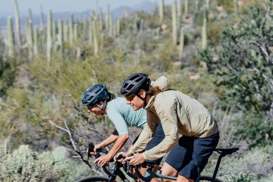 7Mesh_Tucson_mountain_bike_duo